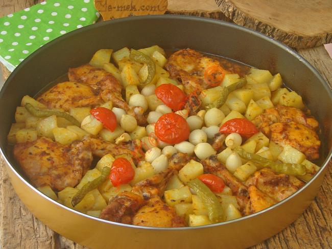 Fırında Patatesli Tavuk But Yemeği Nasıl Yapılır
