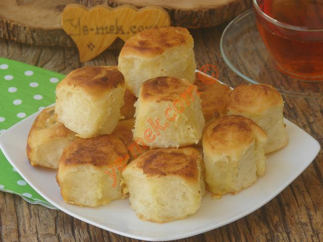 İşin Sırrı Sosunda Gizli, Lokum Gibi Yumuşak : Göçmen Böreği