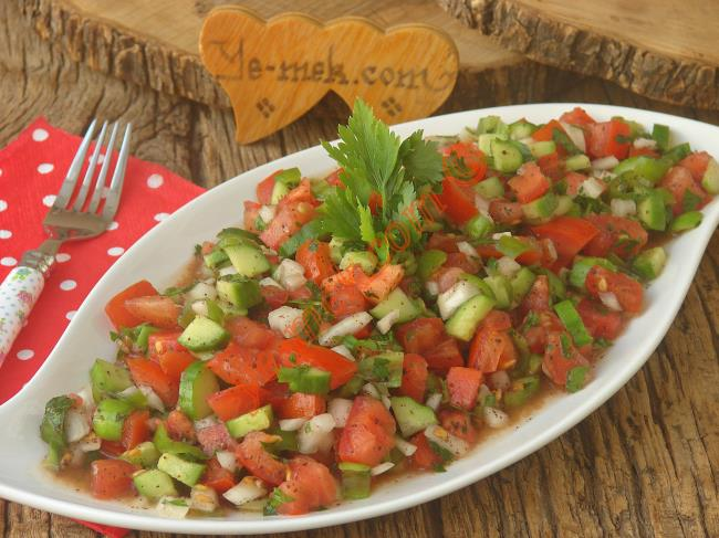Kebap Salatası Nasıl Yapılır