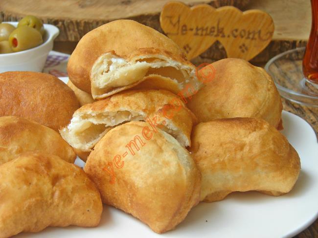 Kahvaltıda Bir Bu Olsun Yeter : Peynirli Hamur Kızartması