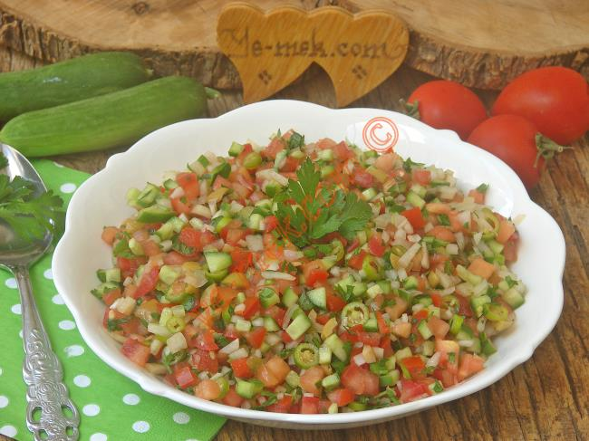 Her Sofraya Yakışacak Nefis Bir Salata : Kaşık Salatası