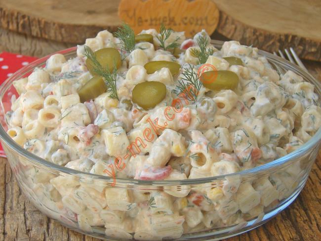 Yoğurtlu Makarna Salatası Tarifleri