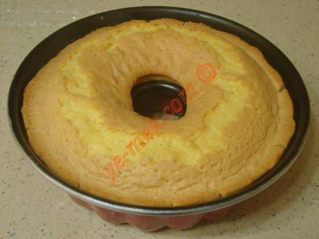 Nişastalı Kek