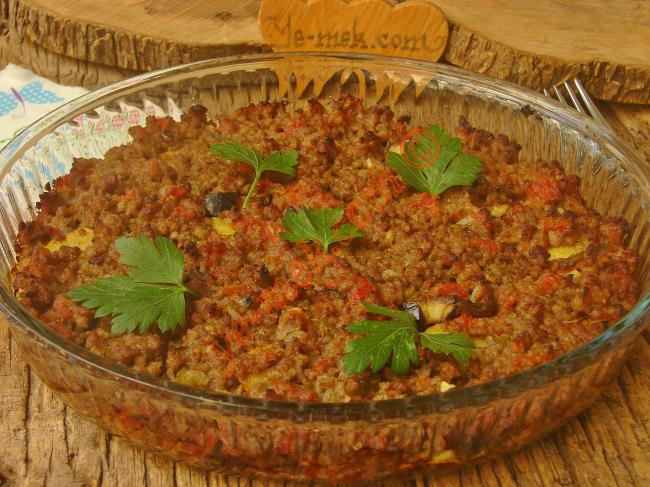Patlıcanlı Patatesli Musakka