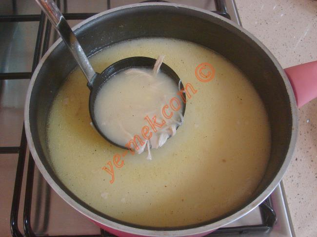 Terbiyeli Tavuk Çorbası
