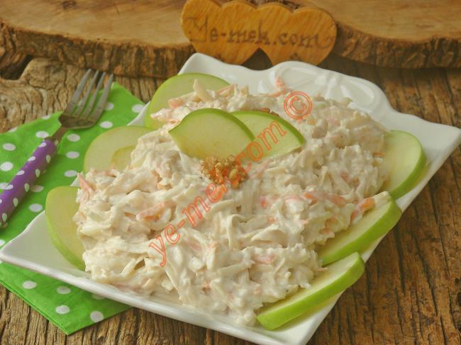 Kerevizi Birde Böyle Deneyin : Elmalı Kereviz Salatası