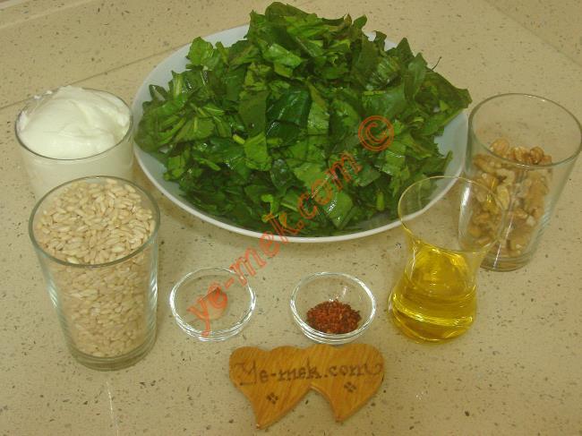 Ispanaklı Buğday Salatası - Yapılışı (1/16)