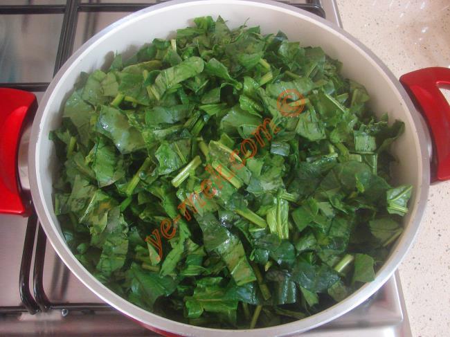 Ispanaklı Buğday Salatası - Yapılışı (2/16)
