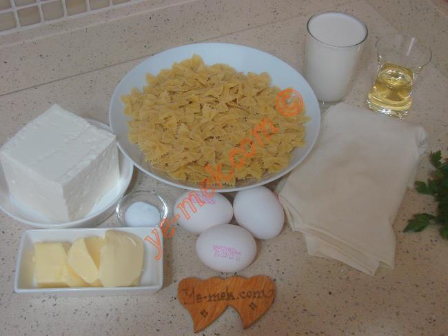 Makarna Böreği Malzemeleri