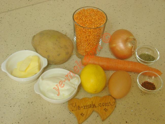 Sebzeli Kırmızı Mercimek Çorbası Malzemeleri