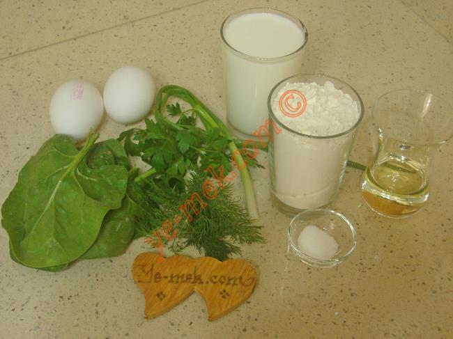 Otlu Krep İçin Gerekli Malzemeler :  <ul>         <li>2 adet yumurta</li>    <li>1,5 su bardağı süt</li>  <li>1,5 su bardağı un</li> <li>2 yemek kaşığı sıvı yağ</li> <li>1 çay kaşığı tuz</li>         <li>4 yaprak ıspanak</li>         <li>3 dal maydanoz</li>         <li>3 dal dereotu</li>         <li>1 dal taze soğan</li> </ul>