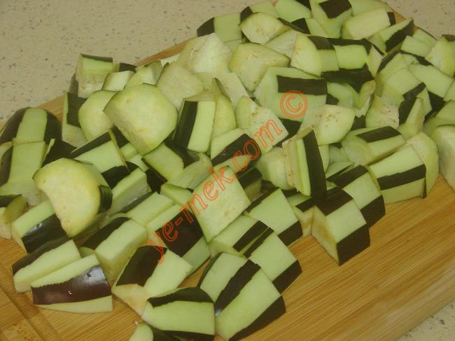 Etli Patlıcan Kebabı