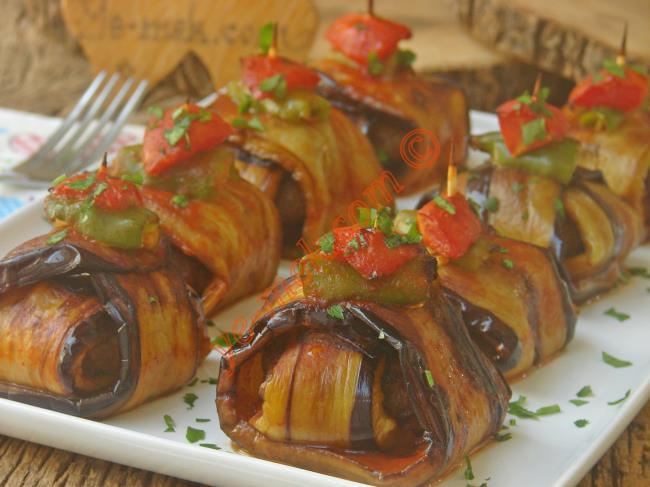 Görüntüsüyle Cezbeden Patlıcan Yemeklerinden Biri : İslim Kebabı