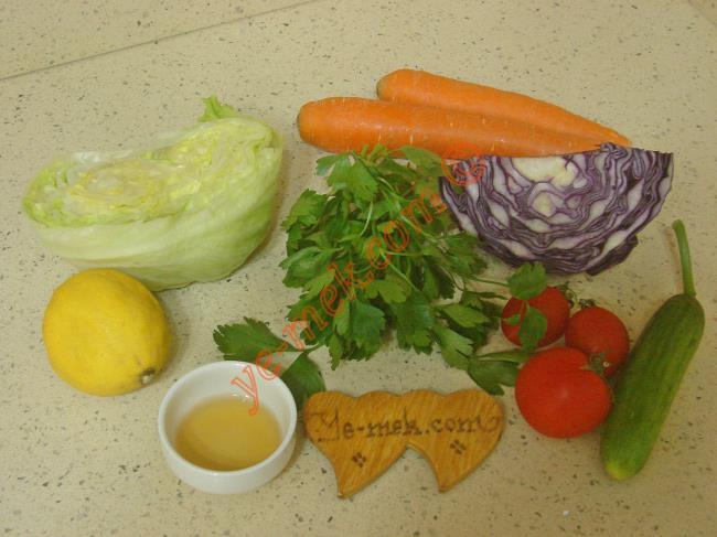 Mevsim Salatası Malzemeleri