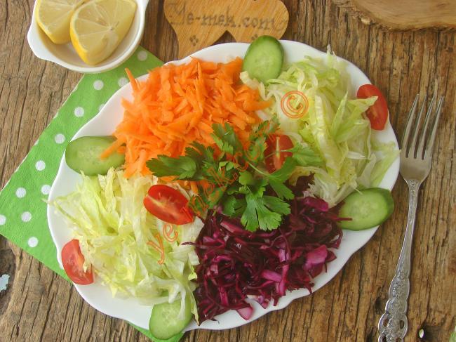 Mevsim Salata Süslemeleri