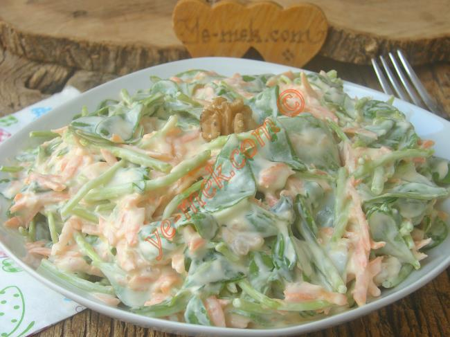 Lezzetli Ve Kolay Bir Salata : Havuçlu Semizotu Salatası