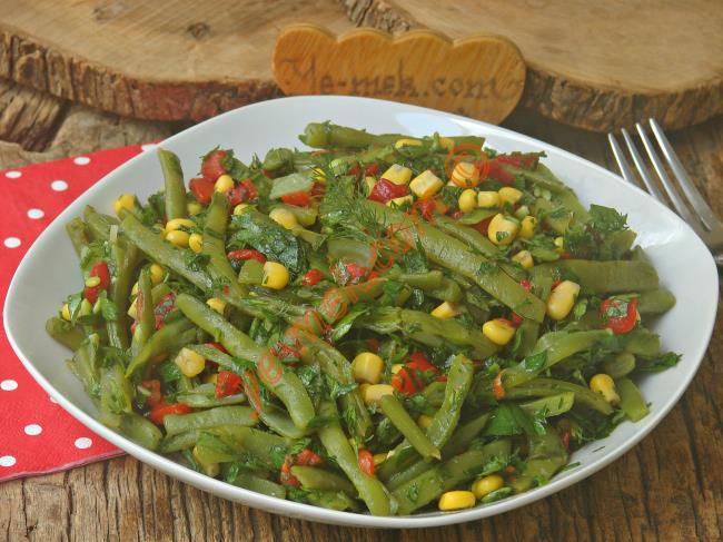 Pratik Ve Lezzetli Bir Salata : Taze Fasulye Salatası