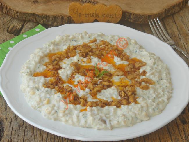 Ana Yemek Yerine Bile Geçer : Köz Patlıcanlı Buğday Salatası