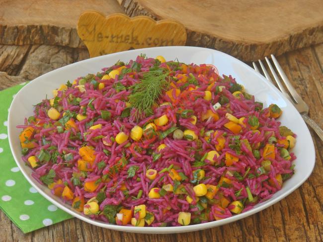 Renkli Ve Lezzetli Bir Salata : Şalgamlı Pirinç Salatası