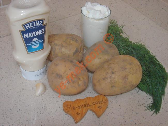 Yoğurtlu Patates Ezmesi - Yapılışı (1/12)