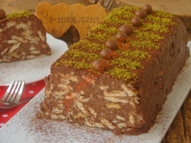 Bisküvili Pastaların En Lezzetlisi : Elmalı Mozaik Pasta