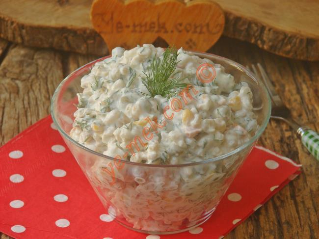 Misafir Davetlerin En Güzel Salatası : Mayonezli Garnitürlü Buğday Salatası