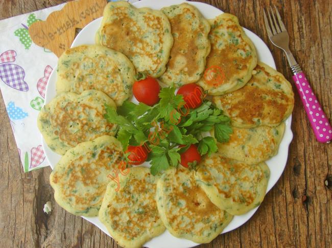 Börek Tadında, Nefis Ve Pratik Bir Tarif : Peynirli Maydanozlu Kaşık Dökmesi