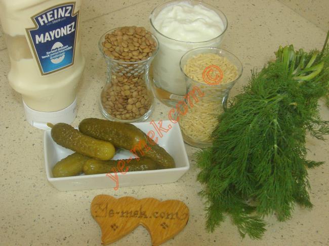 Yoğurtlu Mercimek Salatası Malzemeleri