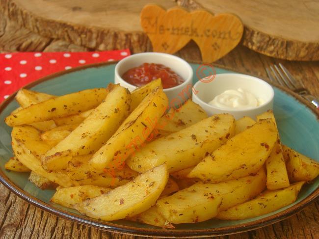 Patatesin En Lezzetli Hali : Fırında Elma Dilimli Patates