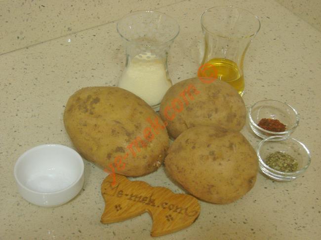 Fırında Mısır Unlu Patates Kızartması Malzemeleri
