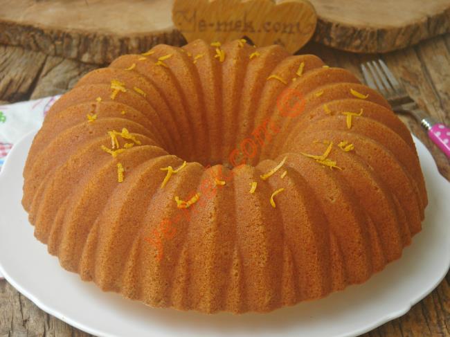Taze Sıkılmış Portakal Suyunun Koku Ve Rengini Verdiği Nefis Bir Kek : Portakallı Kek