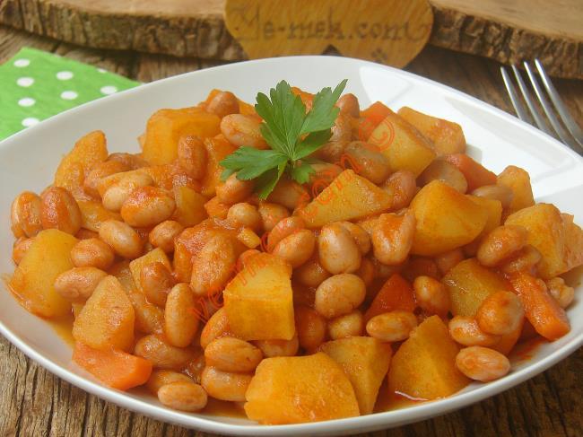 Pratik, Lezzetli Ve Doyurucu Bir Yemek : Patatesli Barbunya Yemeği