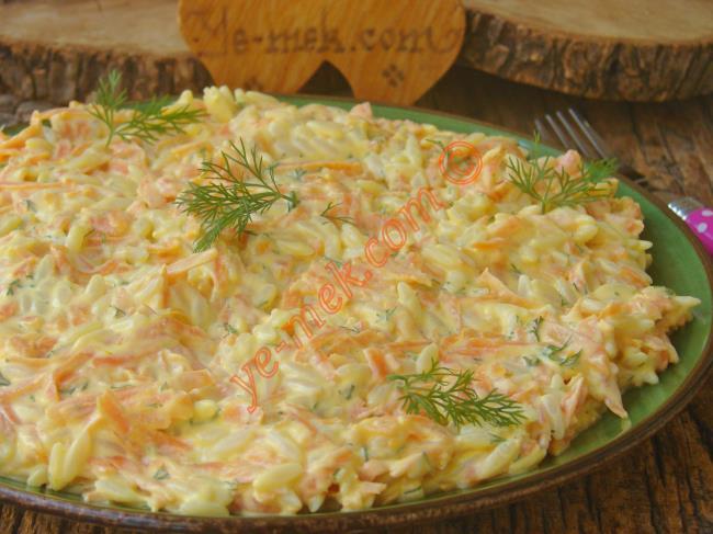 Şehriyeli Havuç Salatası