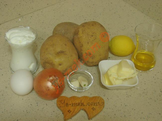 Terbiyeli Patates Çorbası - Yapılışı (1/12)