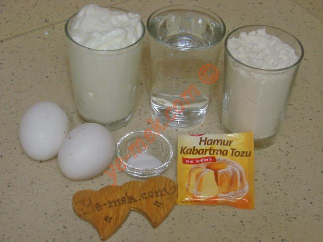 Yoğurtlu Krep Malzemeleri