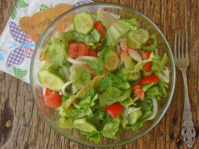 Kıvırcık Marul Salata Tarifleri