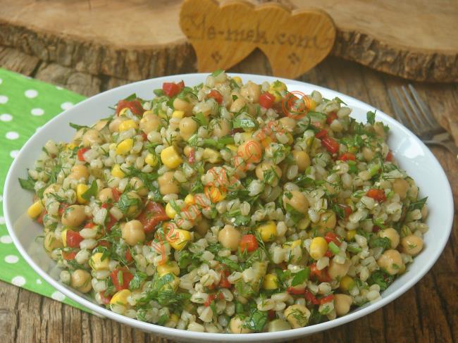 Değişik Buğday Salatası Tarifleri