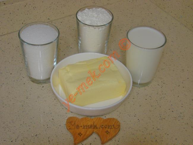 Sütlü Un Helvası Malzemeleri