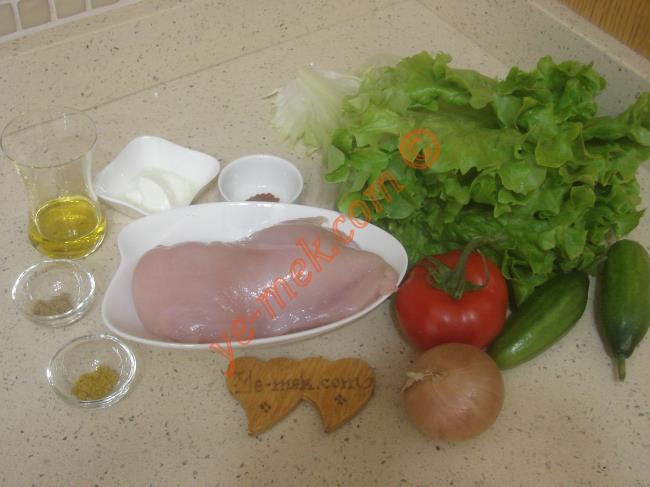 Tavuk Salatası Malzemeleri