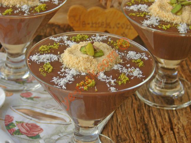 Dokusu Ve Lezzeti İle Nefis Bir Puding : Kremalı Çikolatalı Puding