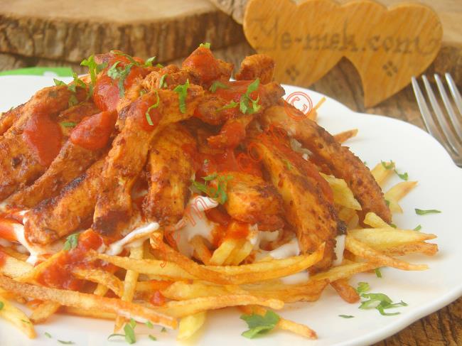 Sunumu, Kolaylığı ve Lezzeti İle Nefis Bir Ana Yemek : Tavuklu Çökertme Kebabı
