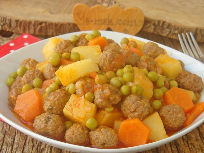 Şahane Tadı İle Mükemmel Bir Ana Yemek : Köfteli Orman Kebabı