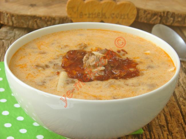 Van Yöresine Ait Nefis Bir Çorba : Püşürük Çorbası