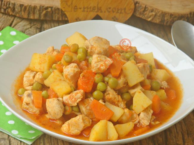 Sadece 20 Dakikada Hazırlayabileceğiniz Nefis Bir Ana Yemek : Tavuklu Orman Kebabı