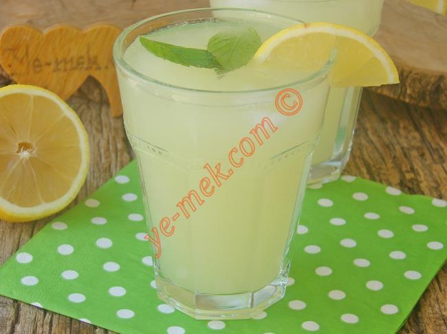 Sadece 2 Limon İle Pratik Limonata : Kolay Limonata