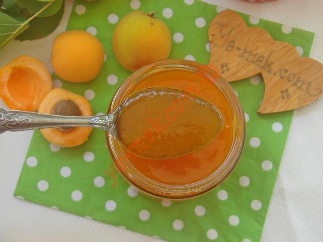 Sadece 3 Malzemeyle Yapabileceğiniz Nefis Bir Marmelat : Kayısı Marmelatı