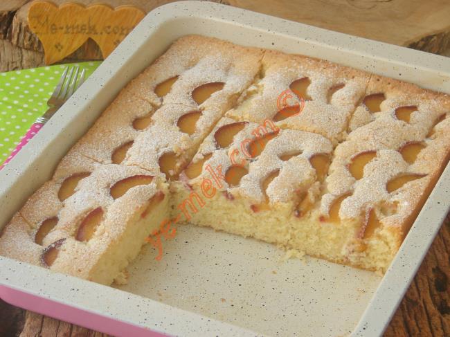 Kokusu, Aromasıyla Bir Harika, Pamuk Gibi Yumuşak Bir Kek : Mürdüm Erikli Kek