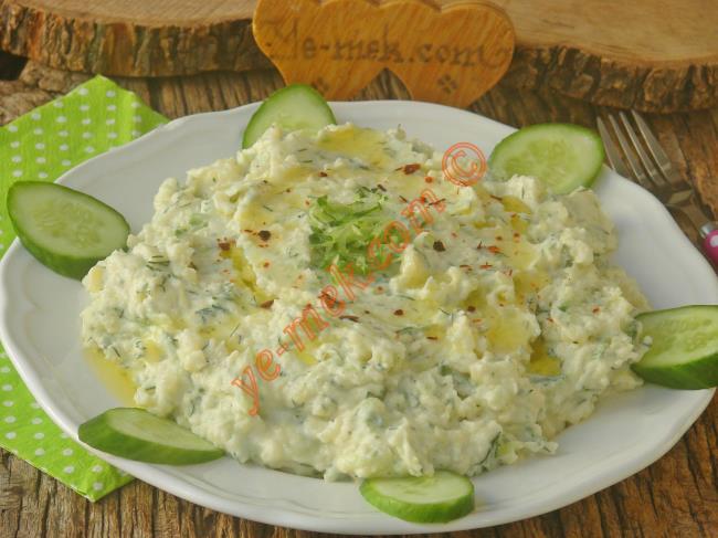 Salata Tarator