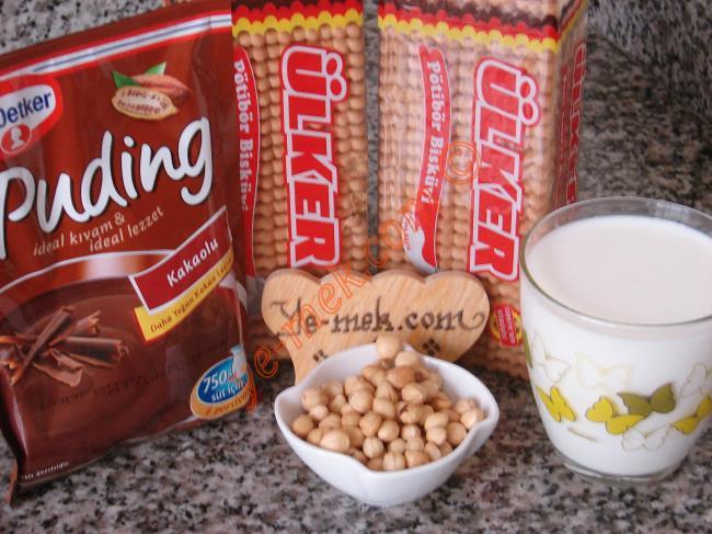 Çikolata Soslu Pudingli Mozaik Pasta - Yapılışı (1/12)