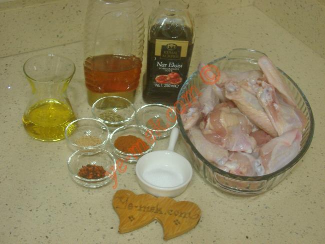 Fırında Ballı Tavuk Kanat Malzemeleri
